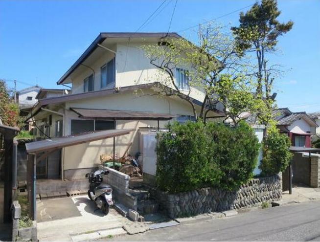 ひばりケ丘の新築建売 5LDK(1200)の外観画像 ジェットの建売が有名ですが坂井建設の建売物件もぜひ見てください!